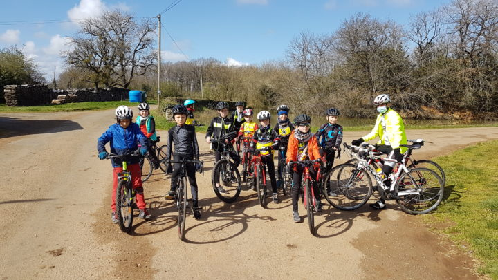 Ecole de vélo Route mars 2021 UCC Vivonne